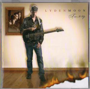 lydenmoon-fire1