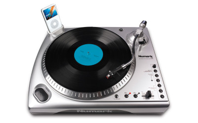 Numark TTi Turntable