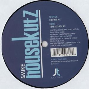 smike-juicy-001