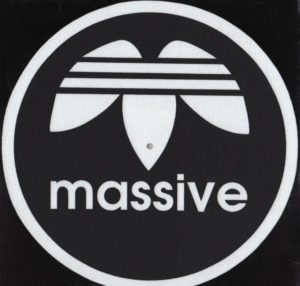 Massive-slipmat-Black (Pair)