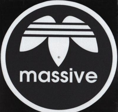 Massive-slipmat-Black (Pair)