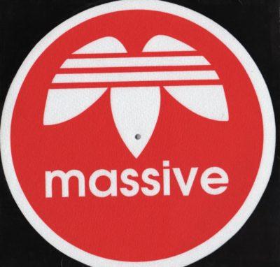 Massive-slipmat-red (Pair)
